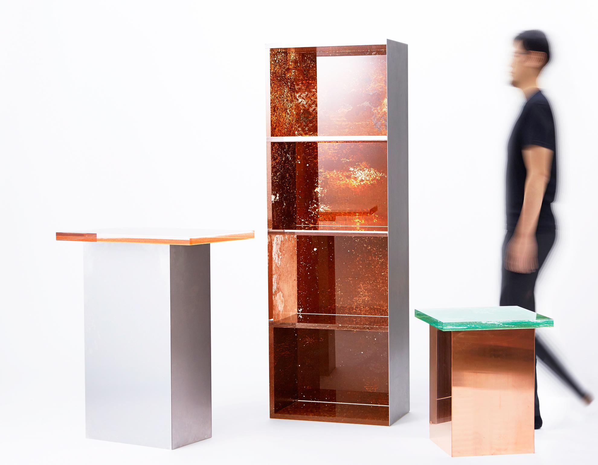 estantería, mesa y banco del proyecto Rust Harvest del japones Yuma Kano