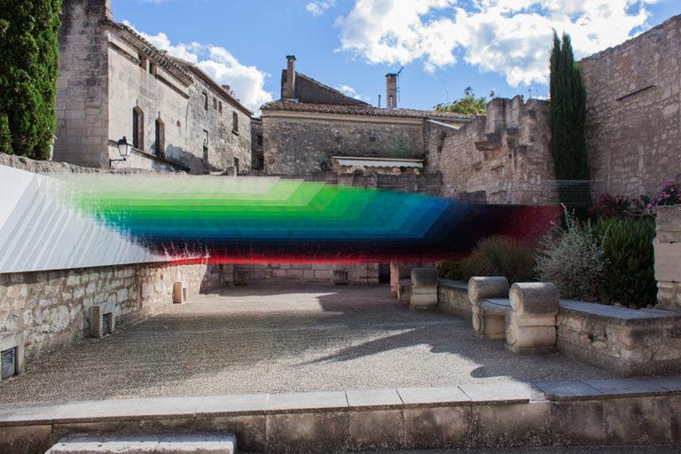 Instalacion Paradis Perdus realizada en Les Baux-de-Provence