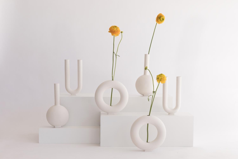 colección de jarrones 1000 diseñada por valeria vasi