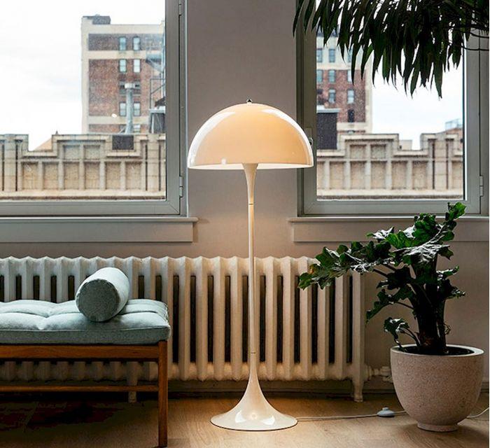 lampara de pie pantella diseñada por verner phanton