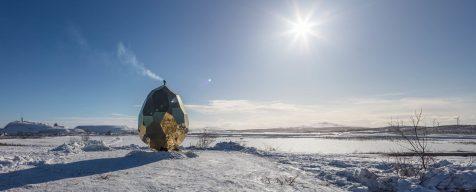 Solar Egg: una reluciente sauna para debatir sobre desarrollo sostenible
