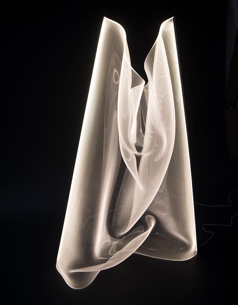 lampara del colectivo partisans diseñada por Alexander Josephson