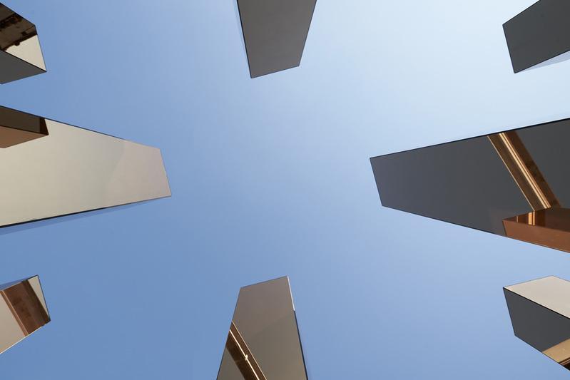 instalacion simulando los edificios de nueva york
