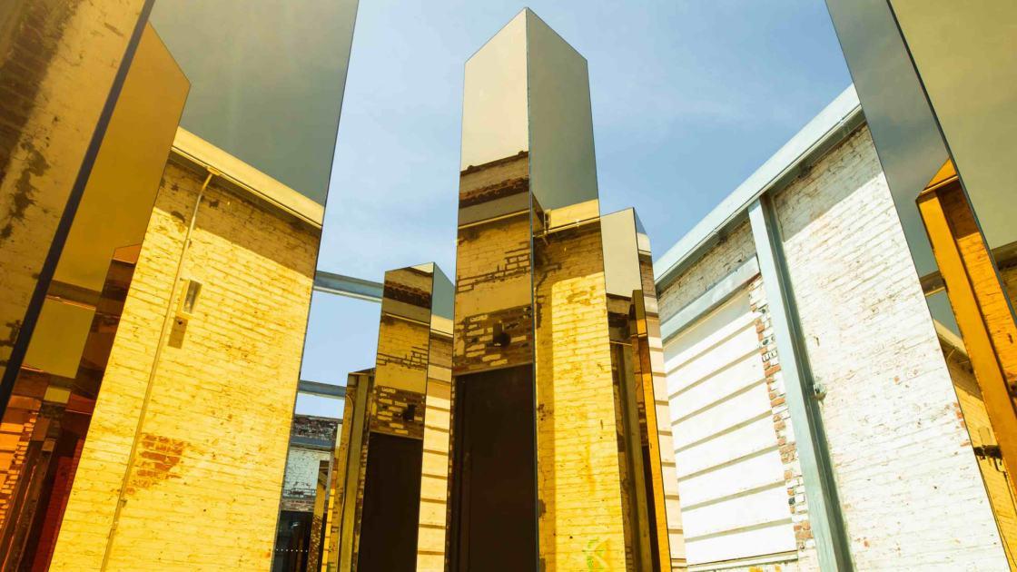 instalación inspirada en el entorno urbano spirit of the city