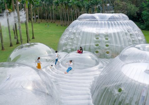 Air Mountain, un inmenso pabellón hinchable para experimentar y divertirse