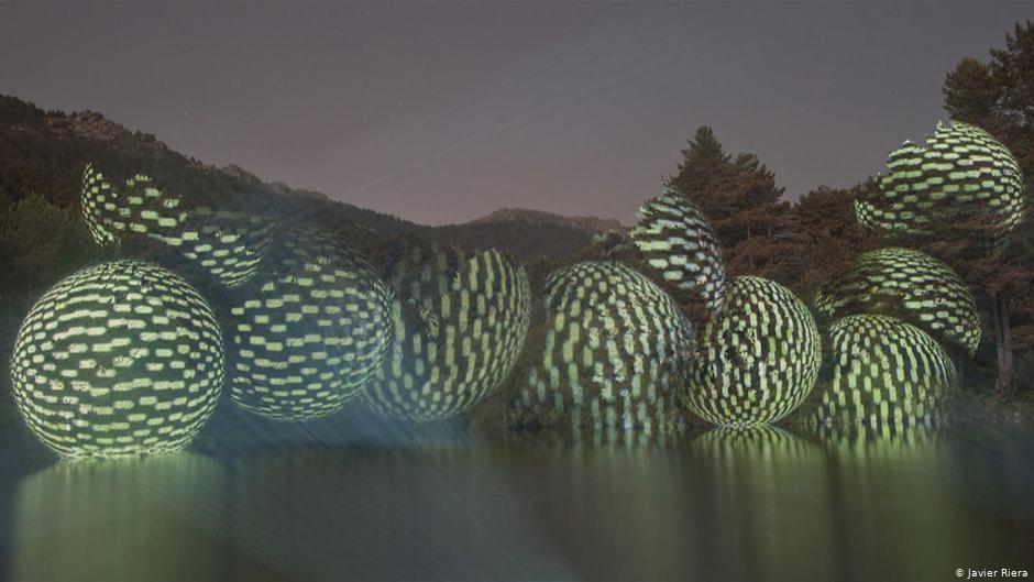 efimeras esculturas de luz de javier riera