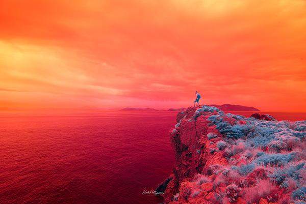 rojo intenso del archipielago volcanico islas eolias