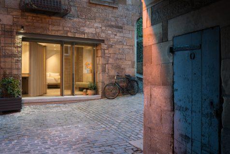 Porteous Studio: de herrería con solera a refugio minimalista en Edimburgo
