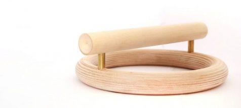 Kenko modela tu cuerpo con esculturas de madera