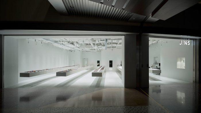 JINS tienda en Shangáy obra del arquitecto Junya Ishigami