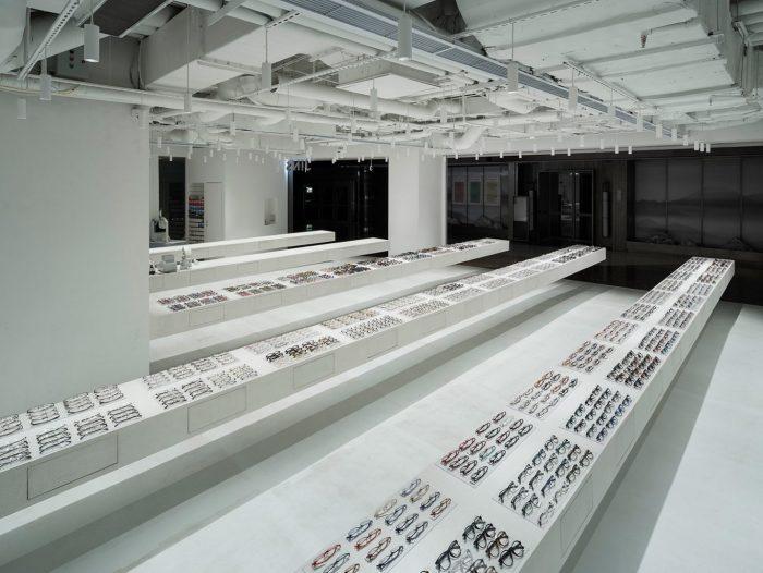 vista general de la tienda de gafas Jins