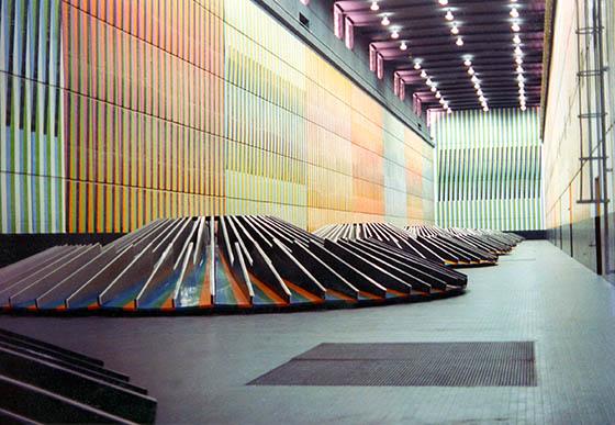 obra Ambientación cromática en la central hidroeléctrica Raúl Leoni de Guri
