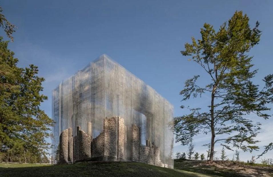 instalacion de Edoardo Tresoldi, el artista de la materia ausente